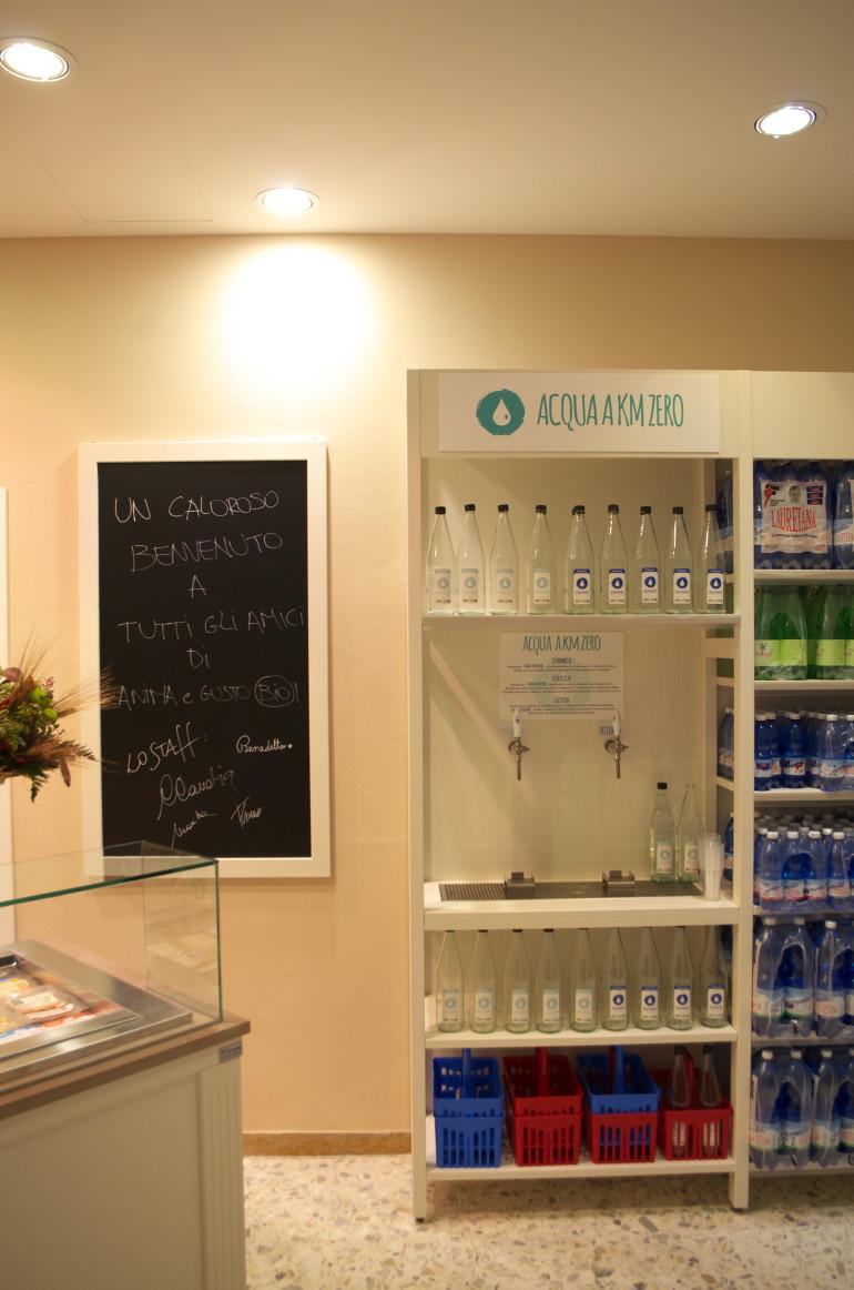 Distributore dell'Acqua di Anima e Gusto BIO